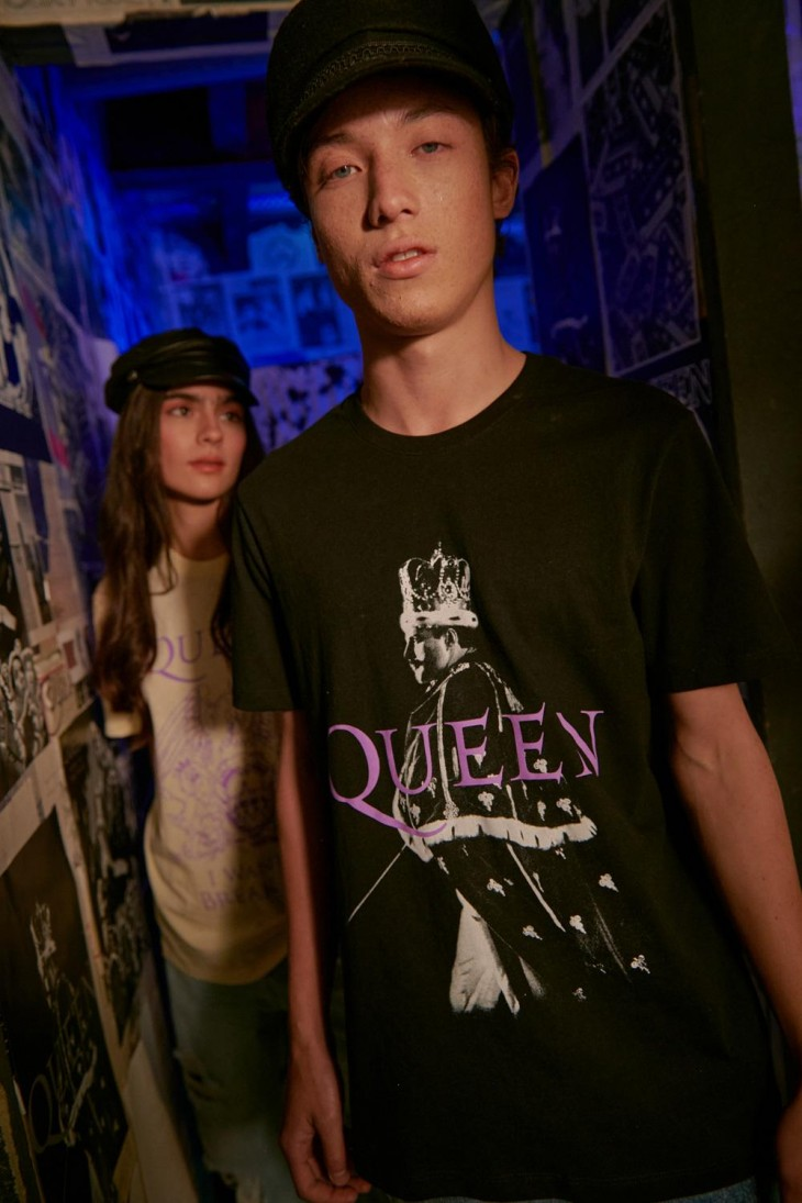 Camiseta manga corta, estampado de Queen.