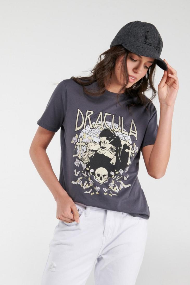 Camiseta manga corta, estampado de Drácula.