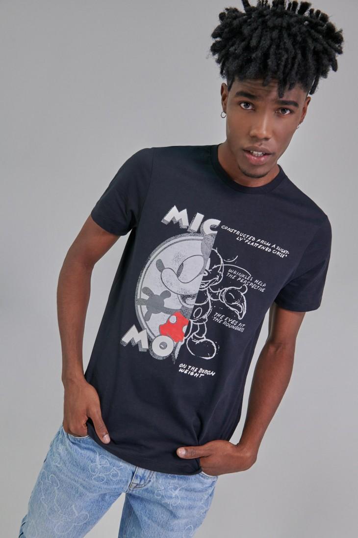 Camiseta manga corta con estampado en frente de Mickey.
