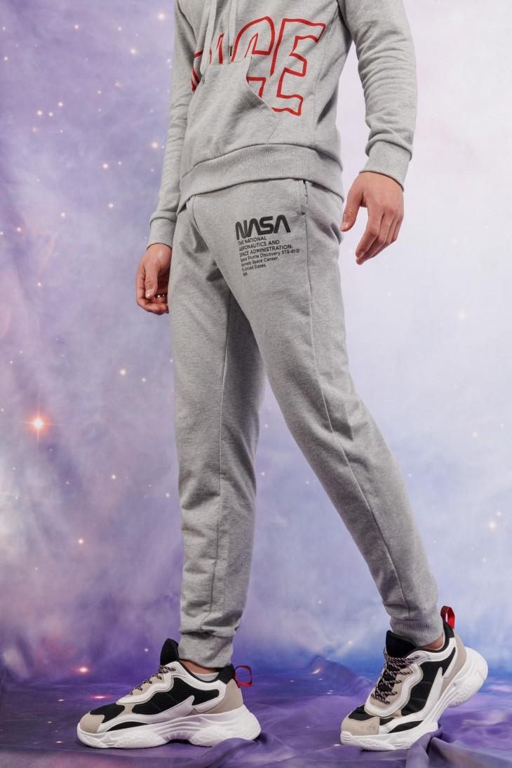 Jogger estampado NASA