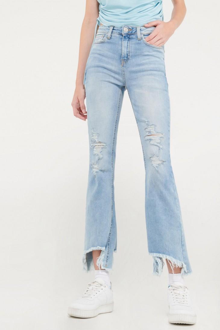 Jean cropped con rotos